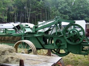 Antique gas engine