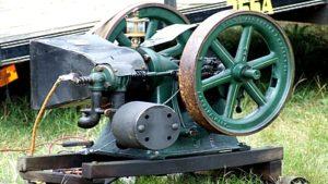 Antique gas engines
